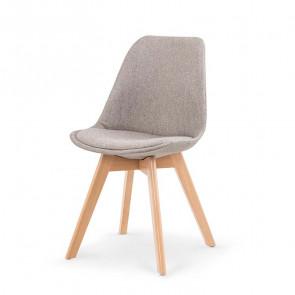 Sedia imbottita Colette in tessuto grigio chiaro con gambe in legno rovere